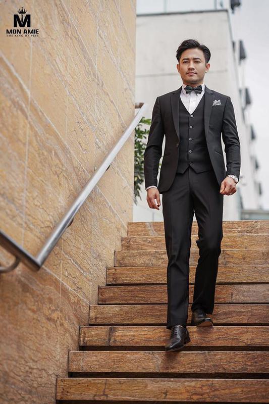 Tuxedo Đen Hiện Đại Dự Tiệc
